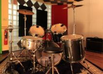 Photo of a drum kit in Z-arts recording studio